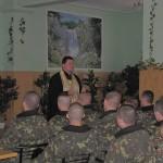 встреча отца Богдана Костенко с личным составом части